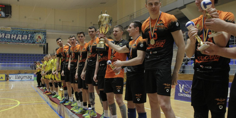 Нагородження кубком Чемпіонів України (29 квітня, фотозвіт) - 8