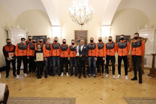 Мер Львова привітав «кажанів» з перемогою у Суперкубку