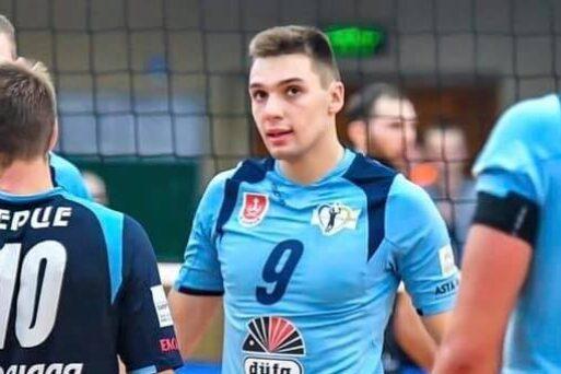 Вітаємо нового гравця клубу Іллю Довгого