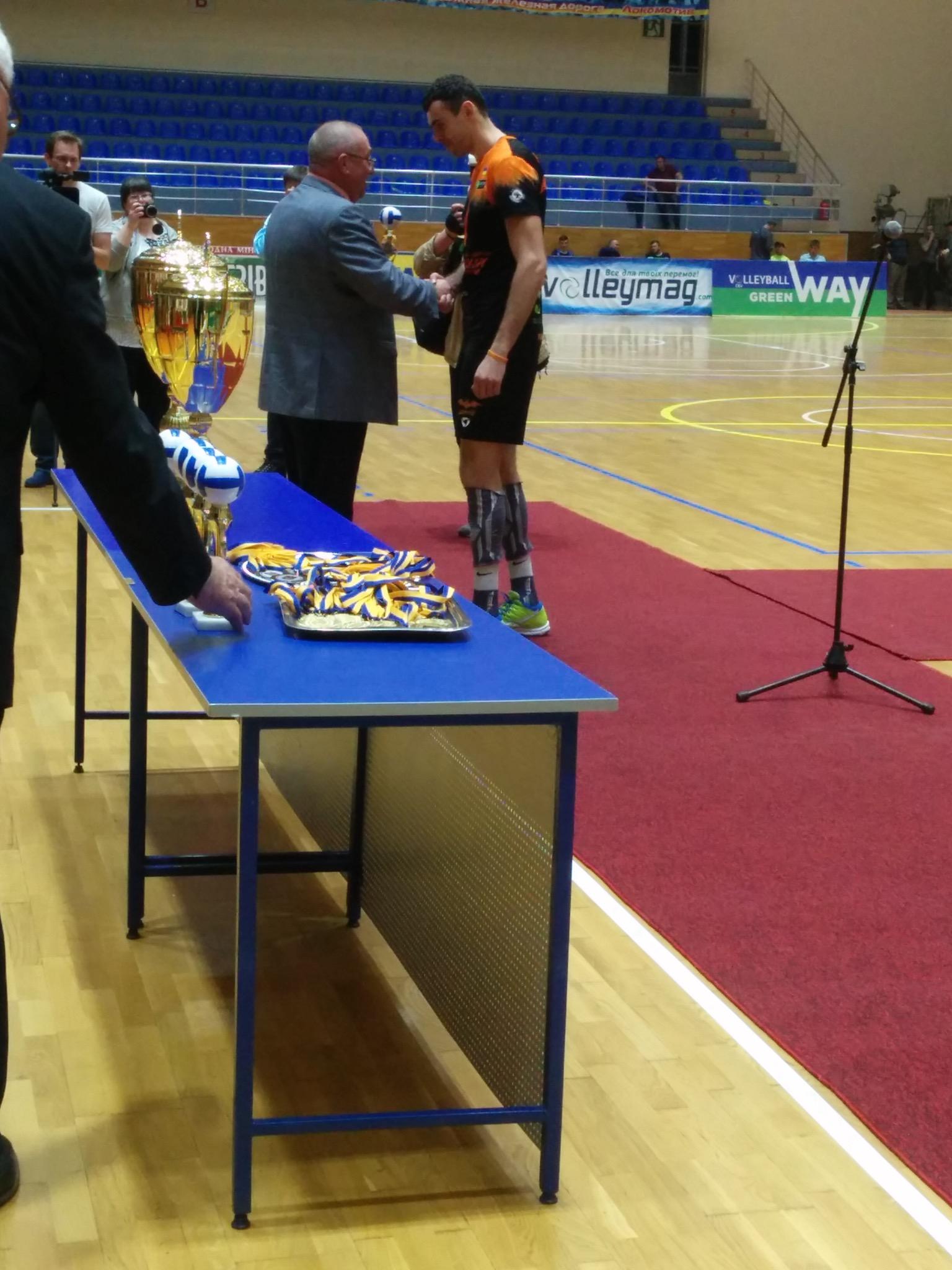 Нагородження кубком Чемпіонів України (29 квітня, фотозвіт) - 7