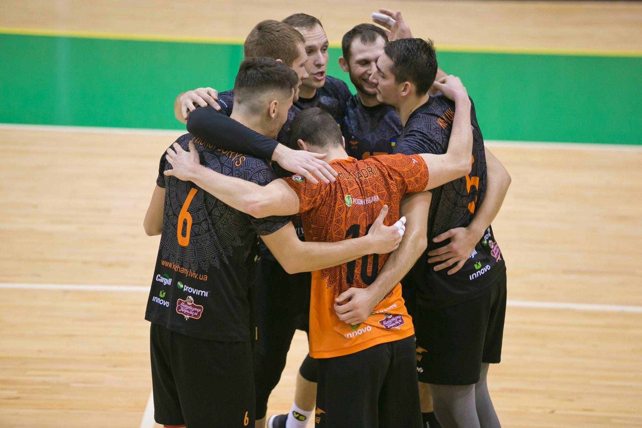 Львівські волейбольні «Кажани» двічі обіграли вдома харківську «ЮрАкадемію» (відео)