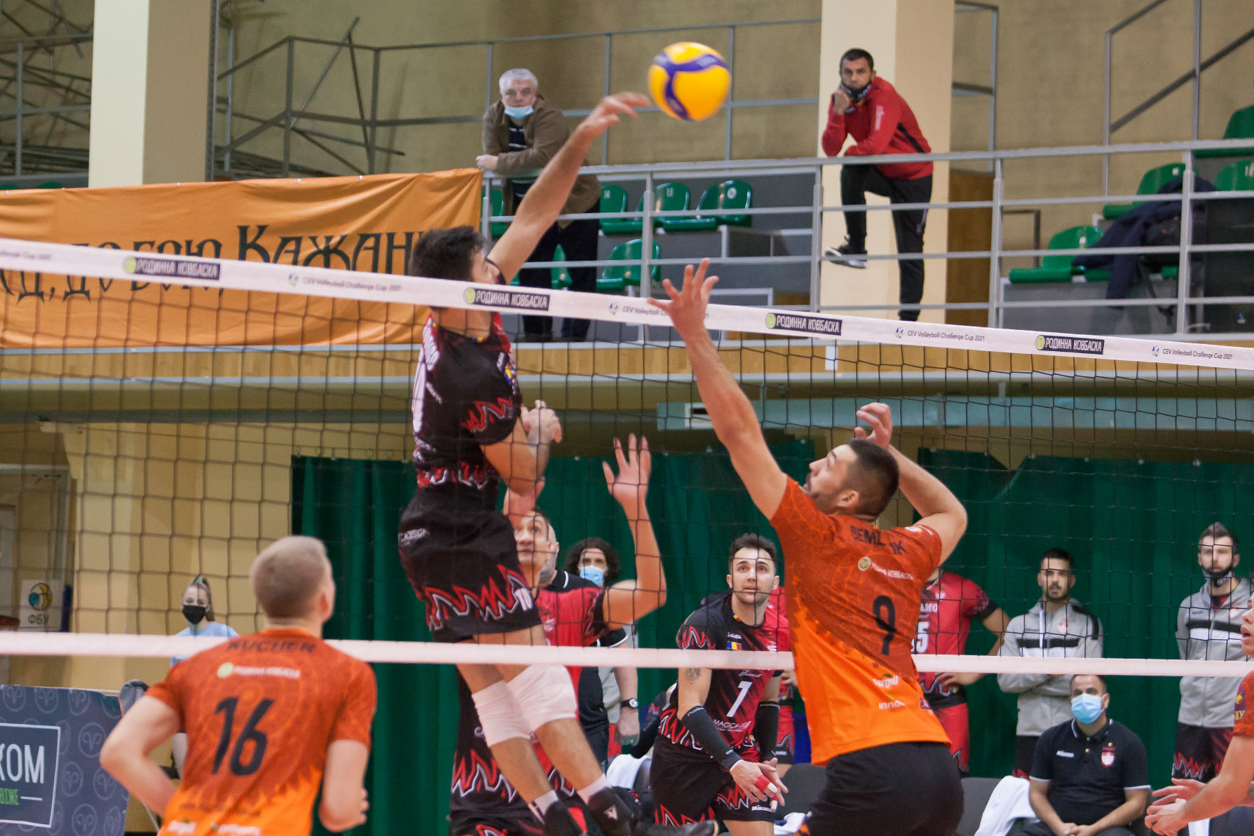 У фіналі Чемпіонату України «кажани» стартують з перемоги